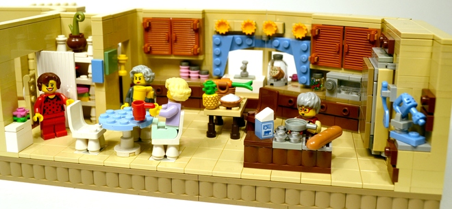 How a fanboy sold the world on 'Golden Girls' Lego