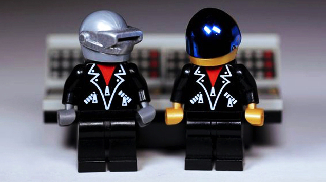 How 10,000 fans cheered on a Daft Punk Lego set